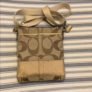Used Coach crossbody